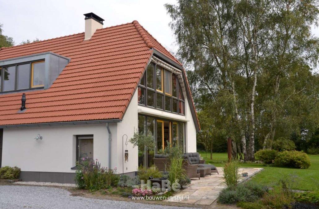 Duurzame renovatie woonboerderij uit nijkerk bouwen in stijl