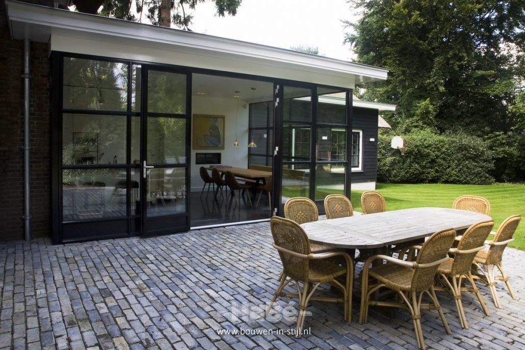 Verbouwing van monumentale woning in ede bouwen in stijl for Tuin verbouwen
