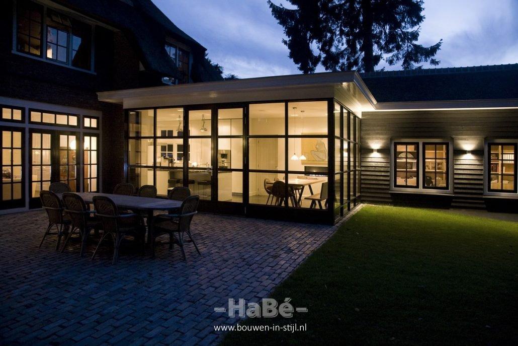 Verbouwing van monumentale woning in ede hab bouwen in stijl - Studio stijl glazen partitie ...