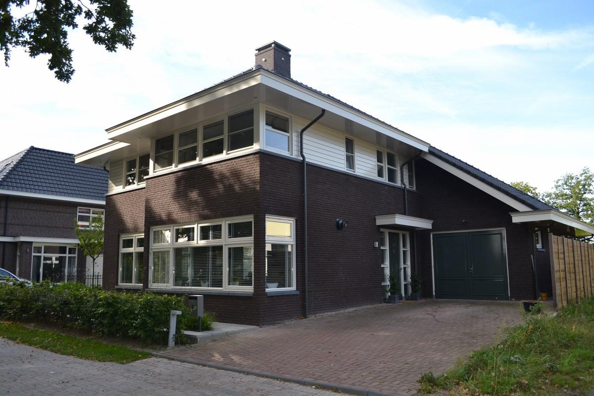 Nieuwbouw vrijstaand herenhuis met garage bouwen in stijl for Prijzen nieuwbouw vrijstaande woning