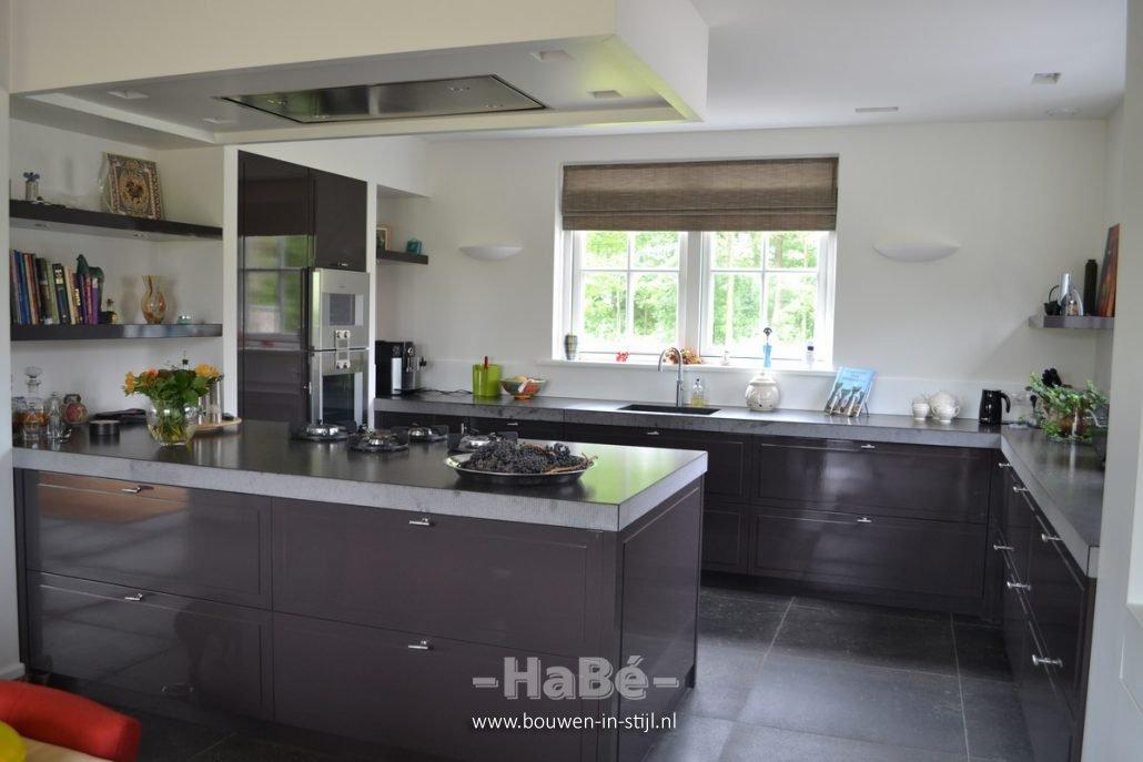 Ontwikkeling jaren 30 woning in leusden bouwen in stijl for Eigen keuken bouwen