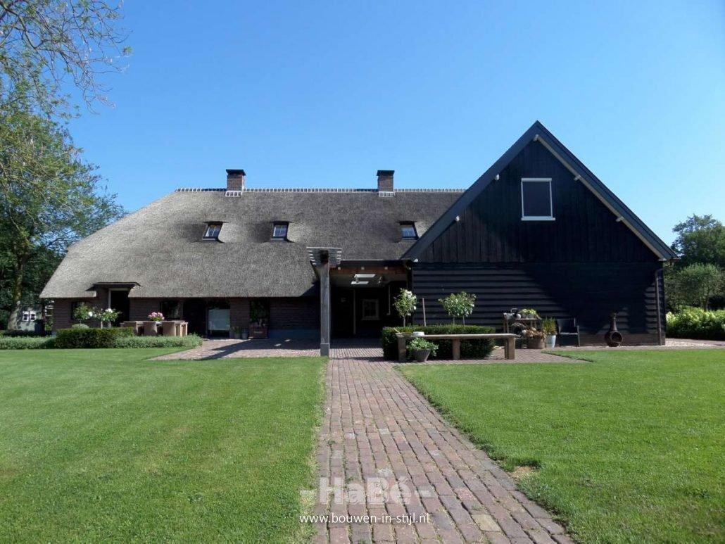 renovatie van woonboerderij in zwartebroek bouwen in stijl